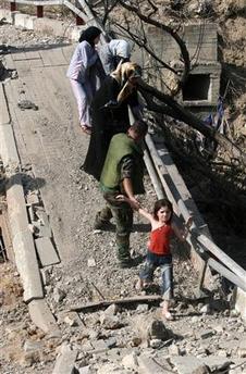 20060814062313-0000-puente-destruido.jpg