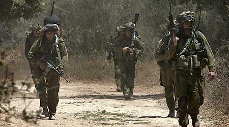 20060827013646-0000-soldados-israelies-en-frontera-efe.jpg
