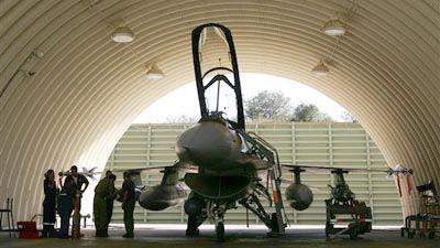 20060909195934-0000-avion-israeli.jpg