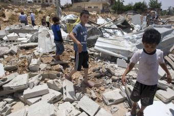 20100714061821-viviendas-destruidas.jpg