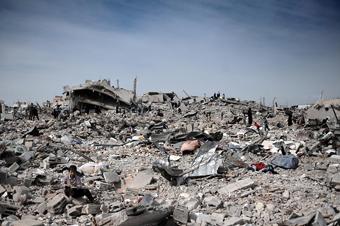 20090327044003-gaza-dia-palestina-escombros-2.jpg