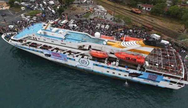 20110629035741-barco.jpg